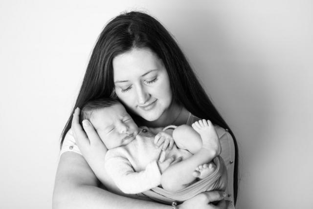 Newborn & family